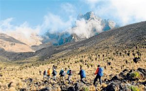 mount_kenya-tourist